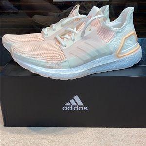 Adidas Ultraboost NWT